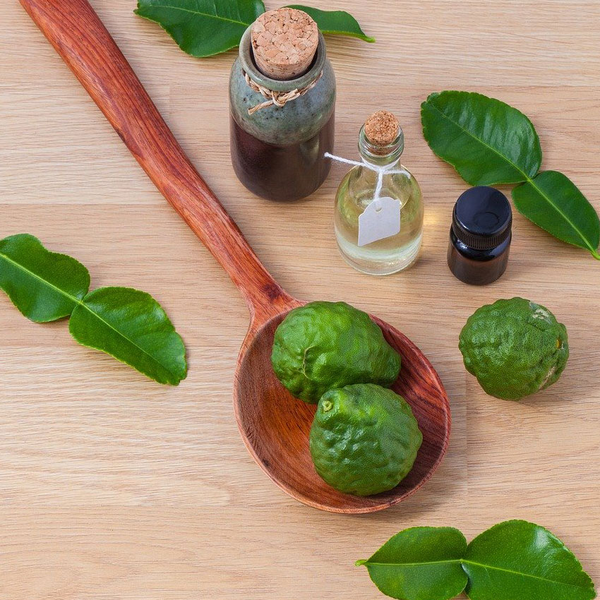 Avocado und Öl